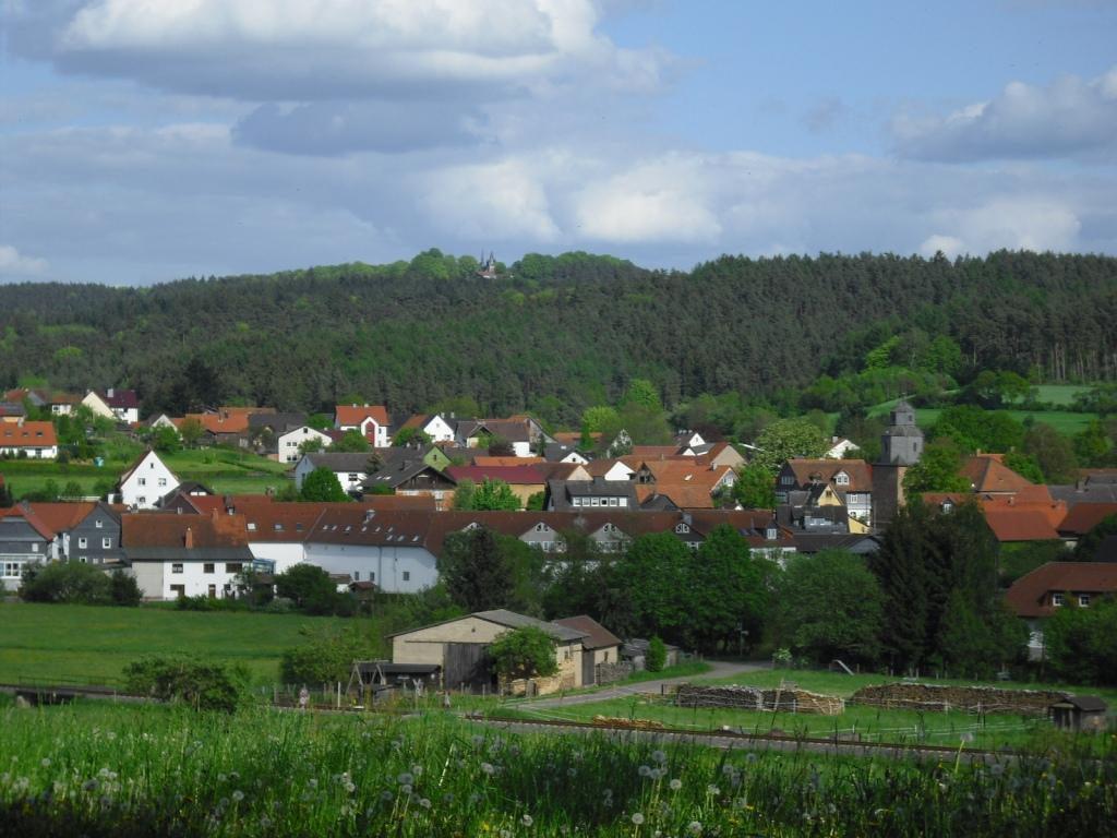 Blick auf Münchhausen und den Christenberg